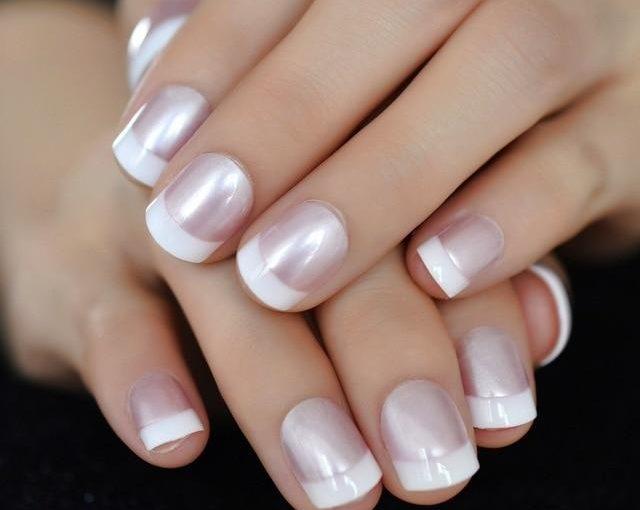 شایع ترین علت تغییر رنگ ناخن دست و پا