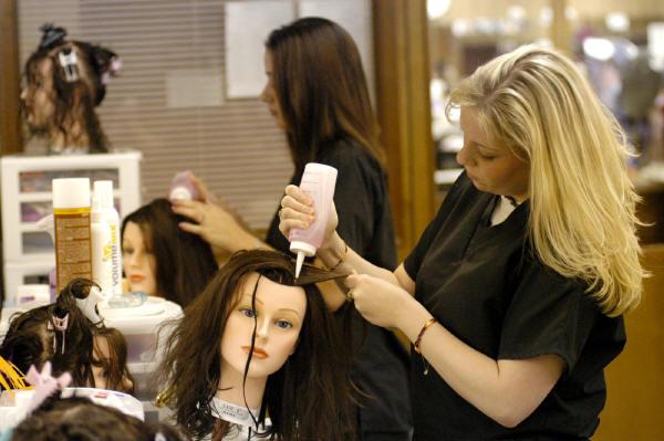 بهترین آموزشگاه آرایشگری زنانه در نارمک