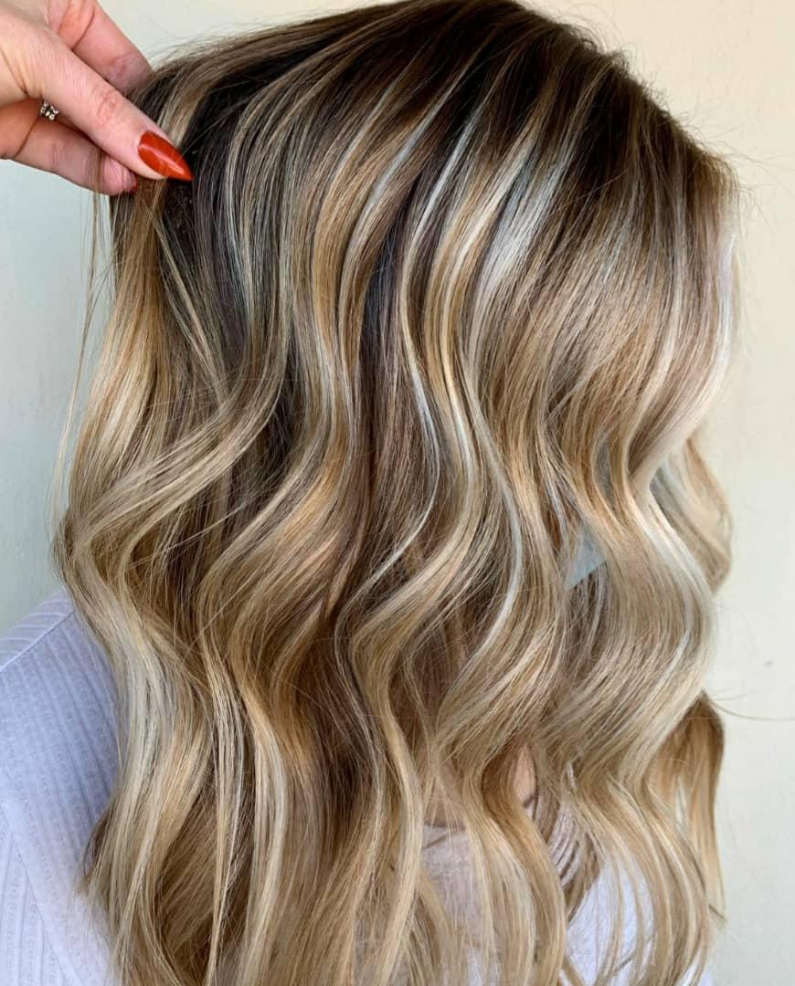 رگ مو بلوند ، رنگ مو هایلایتی ، انواع رنگ مو ، متخصص رنگ مو