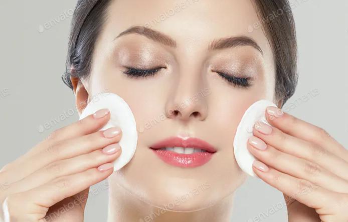*پاک کننده پوست صورت شما چیست؟* 🤔